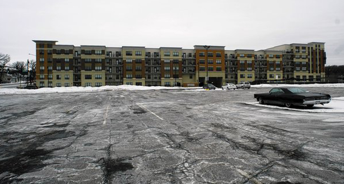 Officials say Ninety7Fifty, the apartment project Orland Park put $63 million into, is about 77 percent filled out. (Taylor Anderson, Chicago Tribune / February 7, 2014)